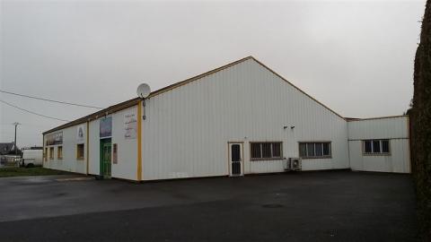 Location Activités Entrepôts LAMBALLE - Photo 1