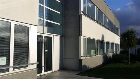 Bureaux de 128 m²