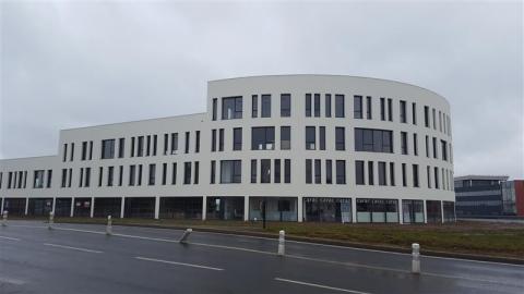 A louer/à vendre surfaces de bureaux aux portes de Saint-Brieuc - accès direct à la voie rapide
