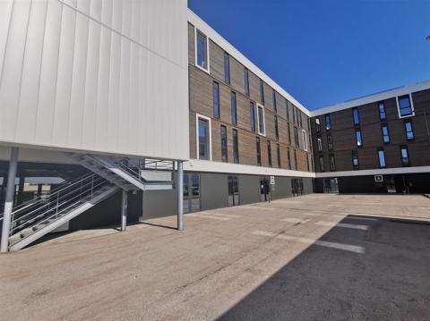 Bureaux de 214 à 1027 m²