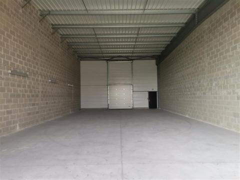 A VENDRE/A LOUER | Cellule d'activités de 250 m²