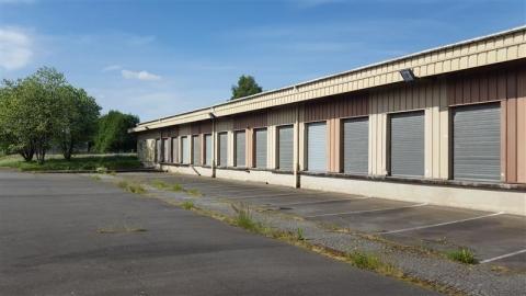 Location Entrepôts MELESSE - Photo 1