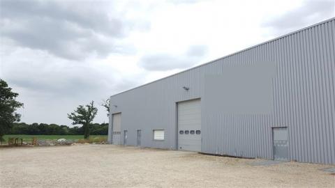 Location Activités Entrepôts CORSEUL - Photo 1