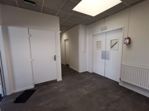 Location Bureaux SAINT JACQUES DE LA LANDE - Photo 4