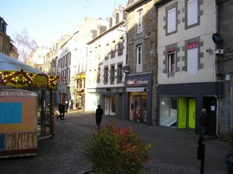 Location Commerces SAINT BRIEUC - Photo 1