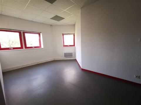 Location Bureaux SAINT GREGOIRE - Photo 8