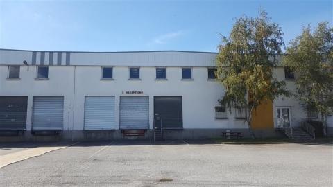 Location Entrepôts RENNES - Photo 2