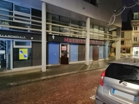 A louer en centre ville un espace de bureaux ou commerce de plain-pied de 45 m²