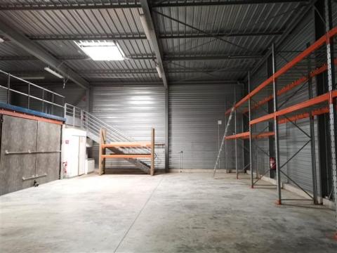Local d'activités de 380 m²