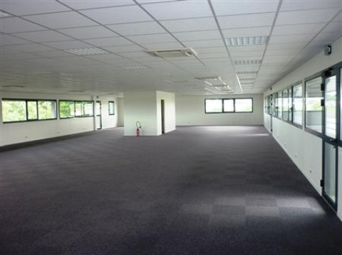 Location Bureaux MELESSE - Photo 1