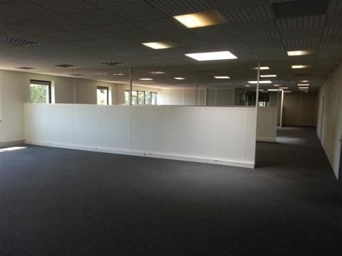 Location Bureaux et activités légères JOUY EN JOSAS - Photo 3